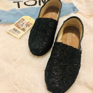 Toms black flower crochet glitters flats